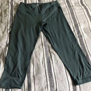 Crop workout leggings pretty sage green